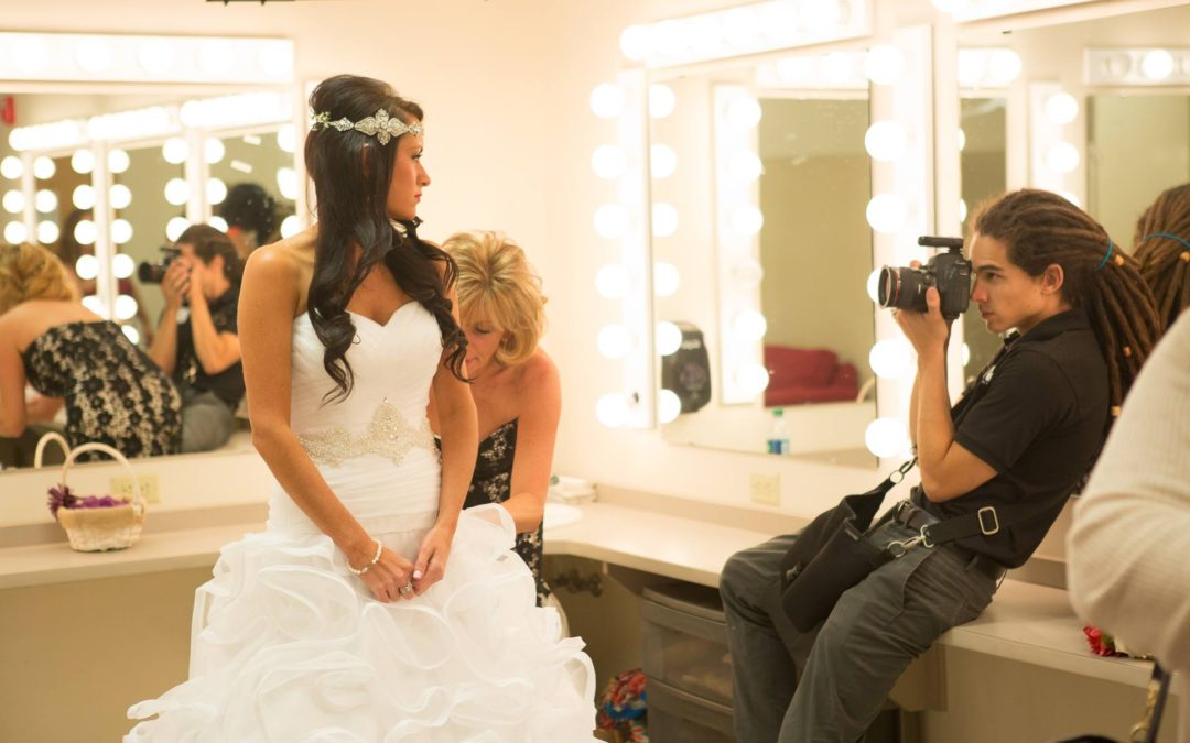 5 Tips For Hiring The Right Photographer For Your Wedding